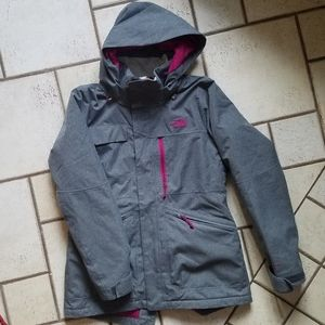 THE NORTH FACE Dryvent Insulated Coat M